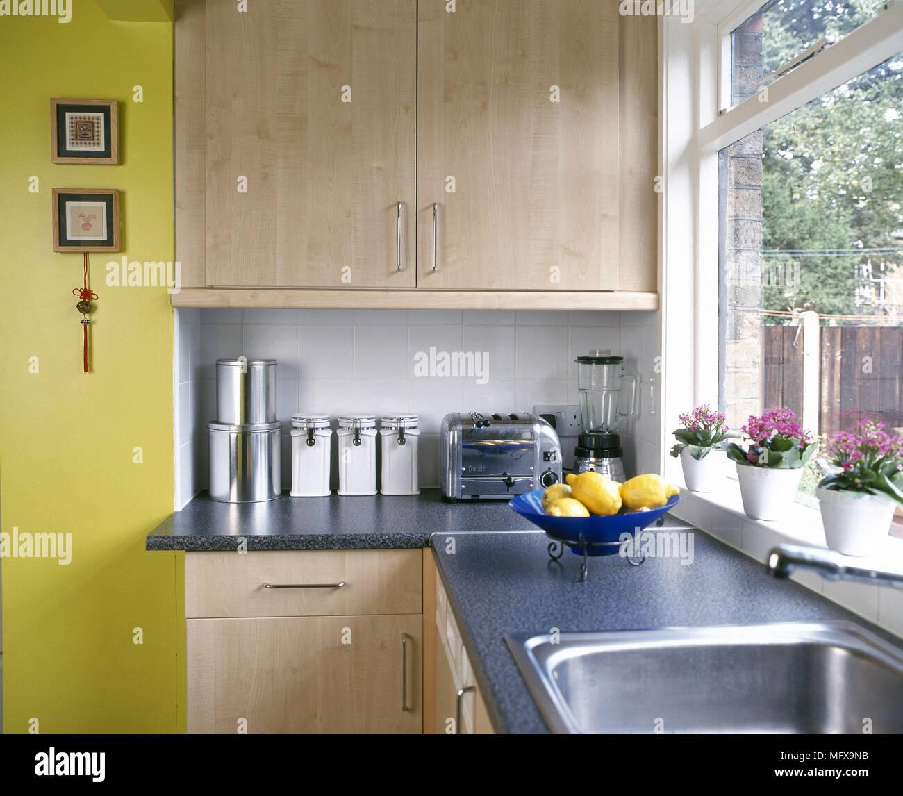 Ausgezeichnet Kücheneinheit Mit Spüle Fotos - Ideen Für Die Küche ...