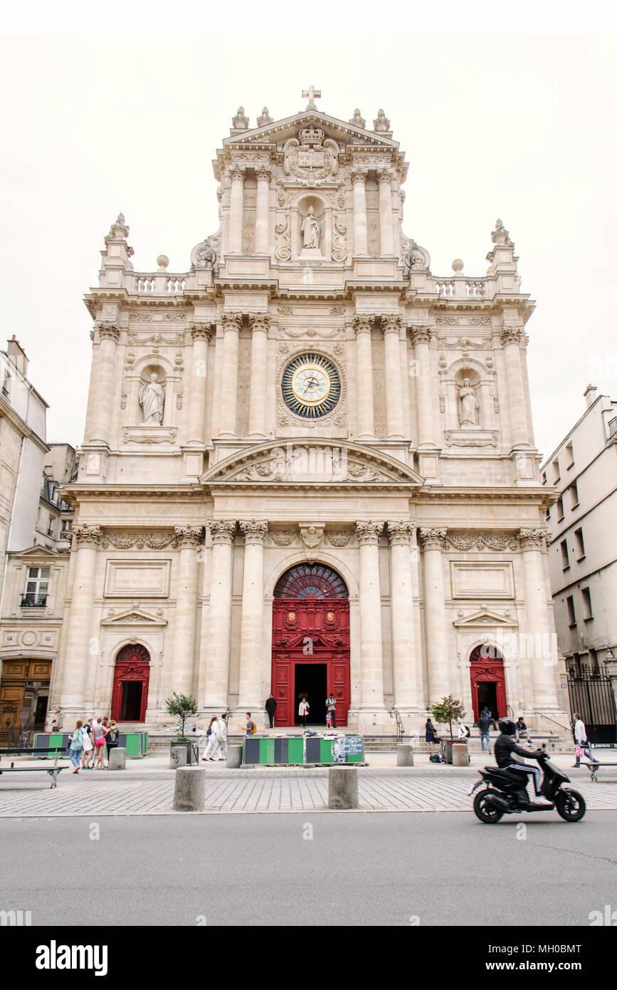 Kirche Saint Paul Saint Louis, Paris Stockbild