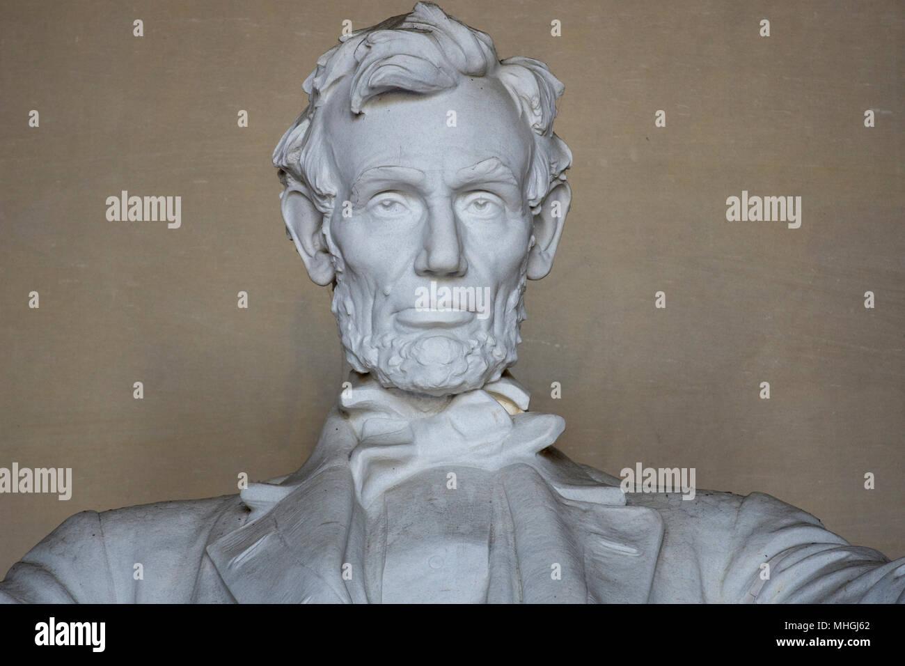 Kopf und Schultern der iconnic Skulptur von Abraham Lincoln von Bildhauer Daniel Chester French, am Lincoln Memorial in Washington, DC. Stockbild