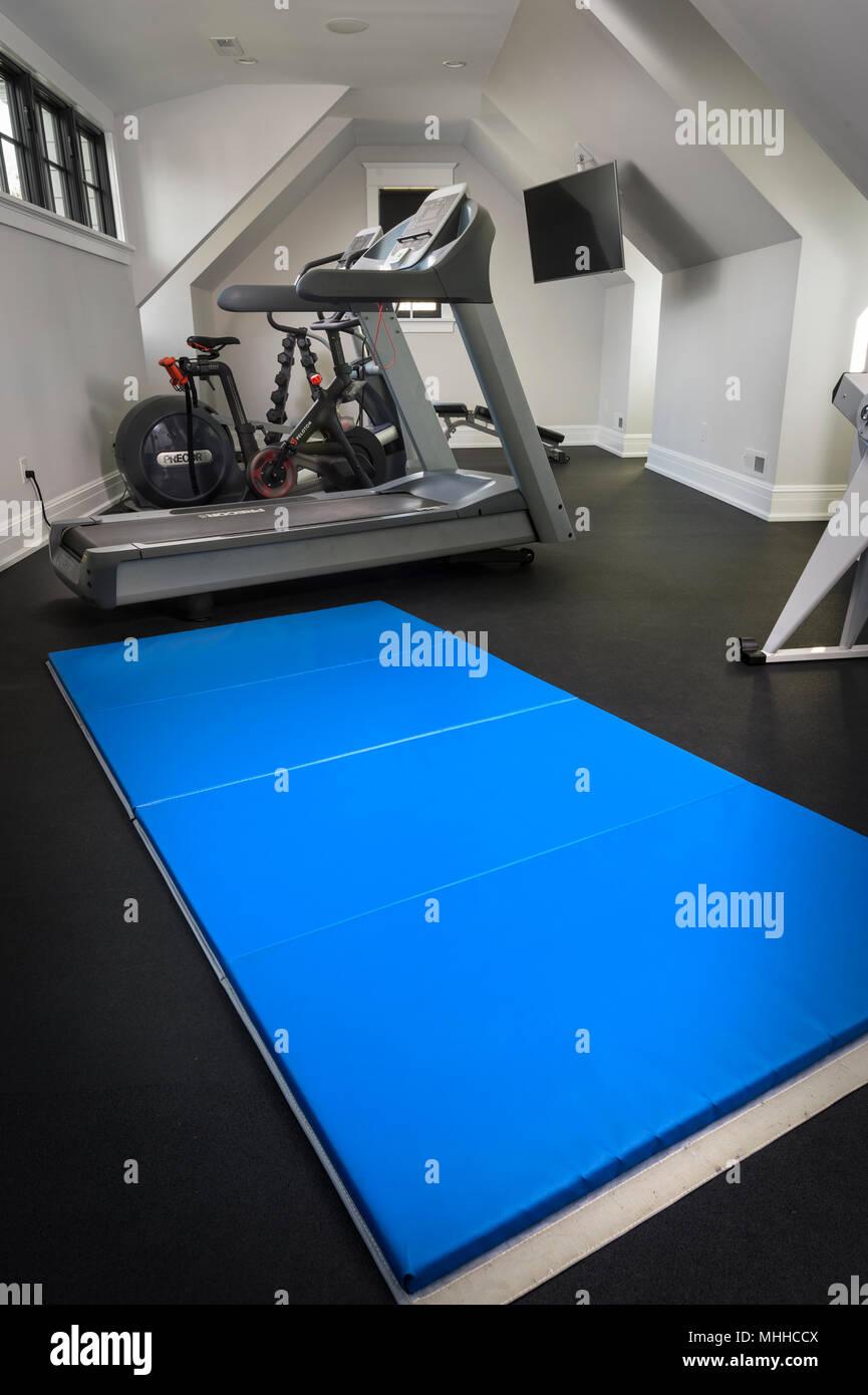 Trainingsmatte In Home Gym Stockbild