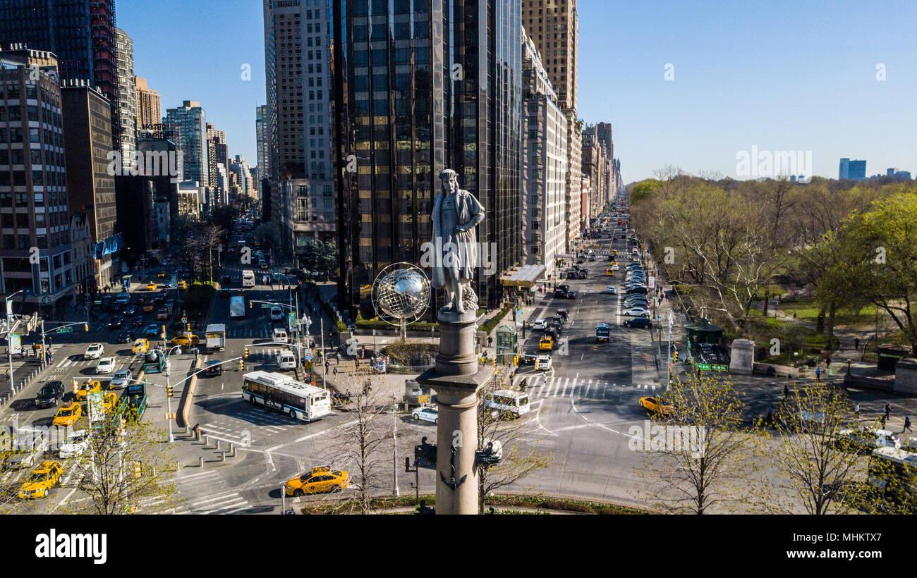Statue von Christopher Columbus von Gaetano Russo in der Mitte des Columbus Circle, Manhattan, New York City Stockbild