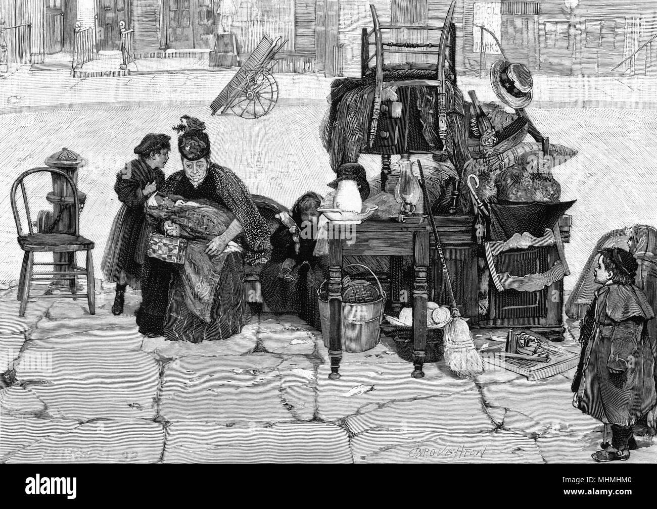 Eine Mutter und Kinder finden sich auf dem Bürgersteig in New York, nachdem sie aus ihrer Heimat vertrieben worden Datum: 1892 Stockbild