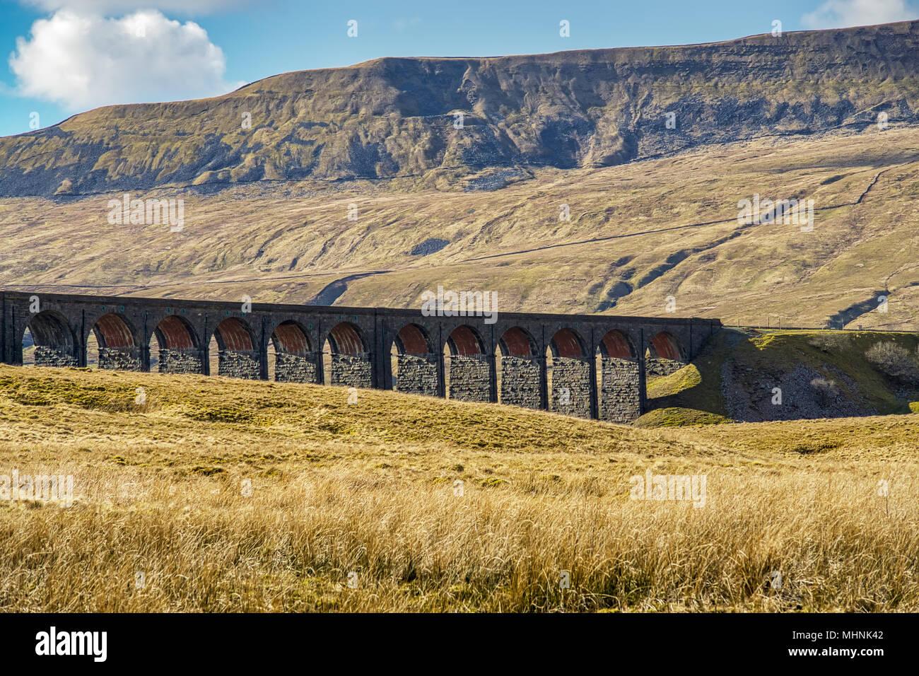 Eine oblique Ansicht des Ribblehead Viadukt. Stockbild