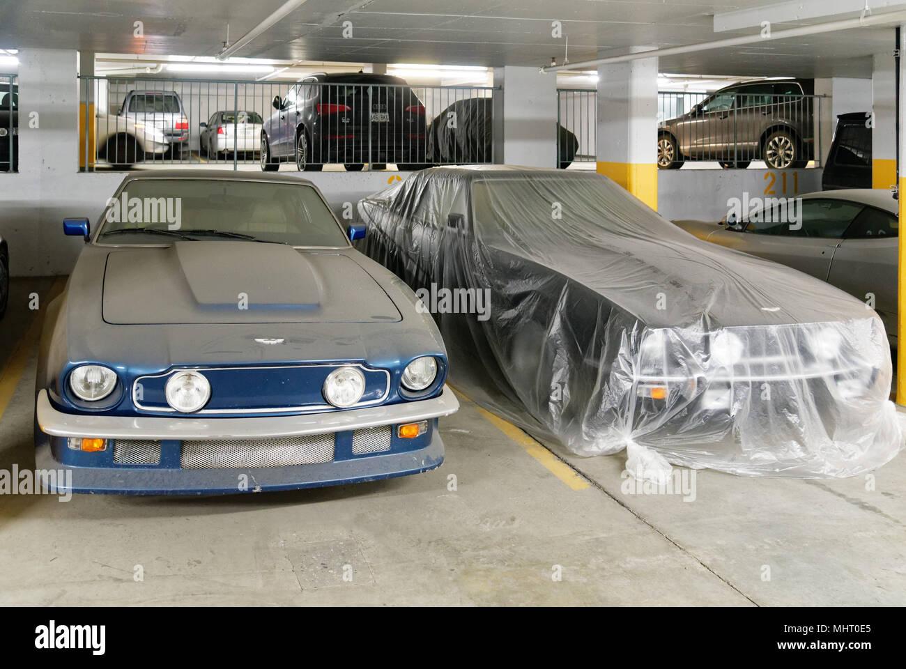 Teurer Luxus Autos In Einer Tiefgarage In Montreal Quebec