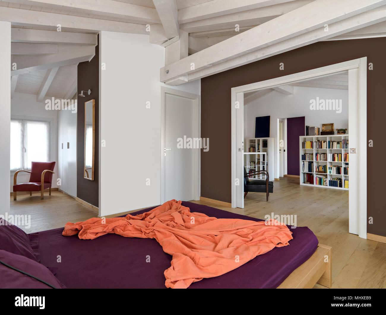 Interieur Schusse Eines Modernen Schlafzimmer Im Dachgeschoss Zimmer
