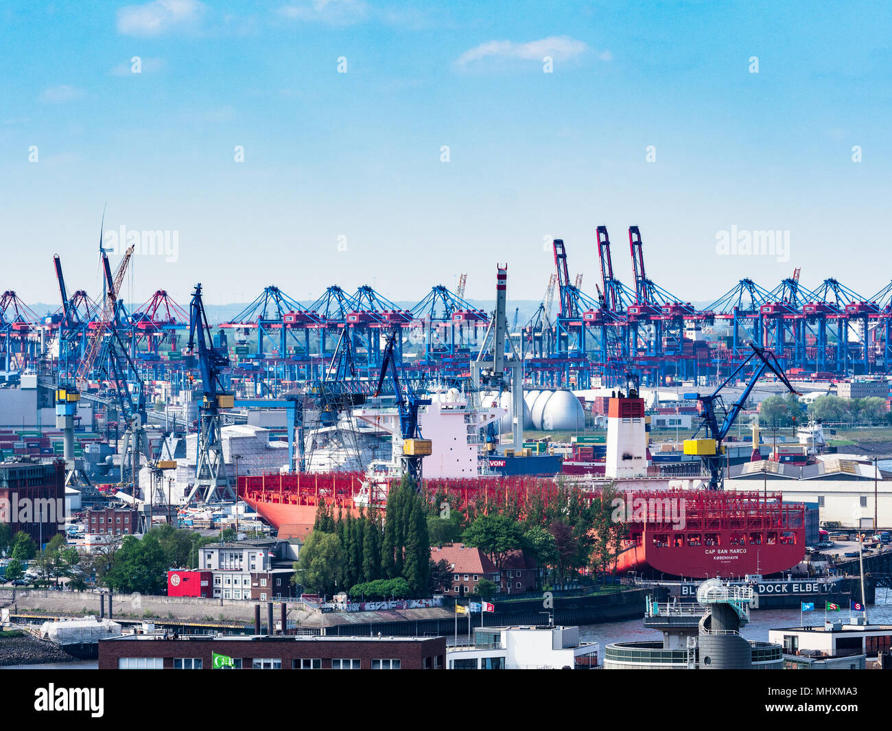 Hamburger Hafen, Hamburger Docks - der Hamburger Hafen ist der größte Hafen Deutschlands und drittgrößter Europas. World Trade International Trade, Global Trade Stockfoto