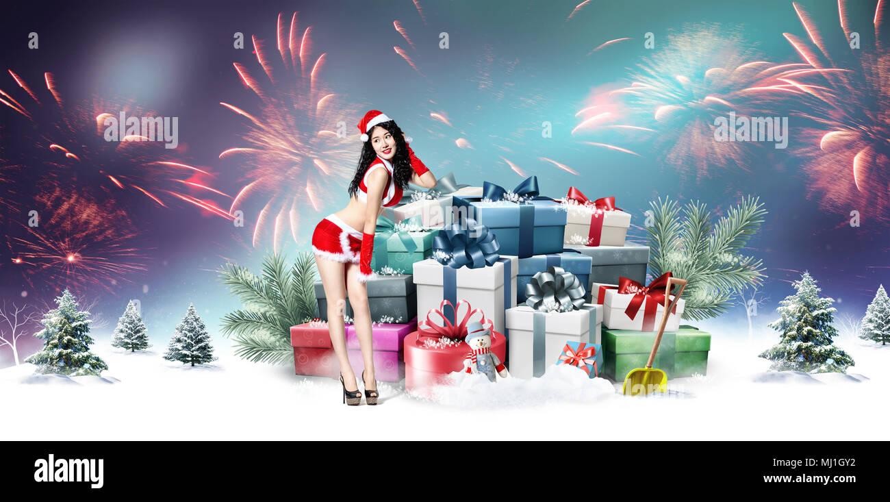 Frauen Geschenke Zu Weihnachten.Junge Frauen Und Weihnachten Geschenke Stockfoto Bild 183202742