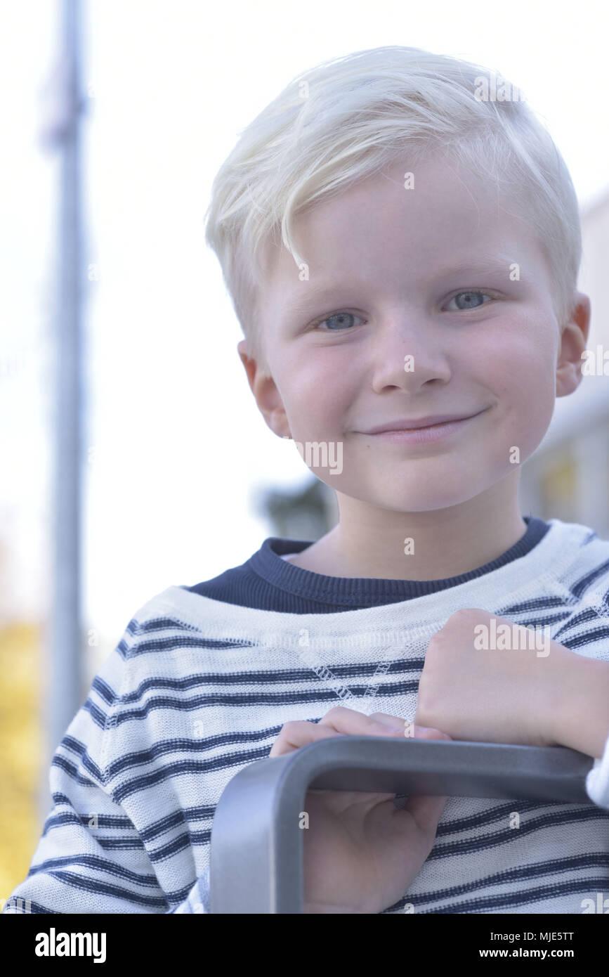 Junge, blonde, Spielplatz, außen, äußere schoß, Porträt, Stockbild