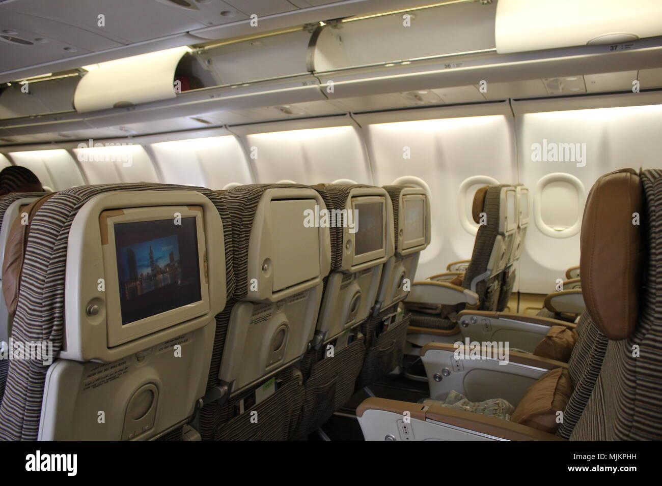 Etihad airways innenraum stockfoto bild 183602317 alamy for Innenraum planen