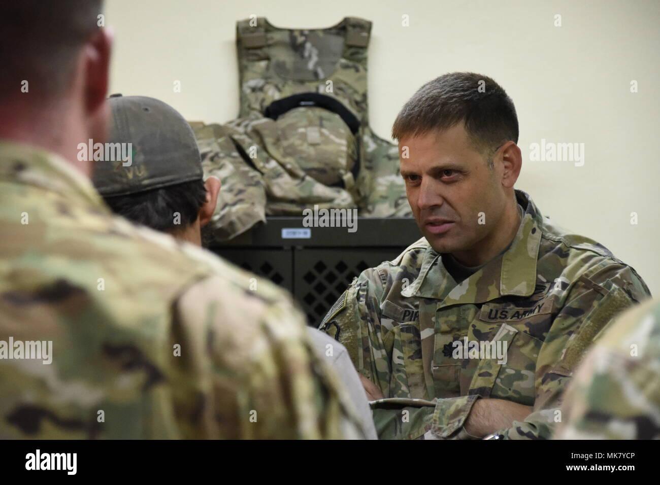 Chat mit Armeesoldaten