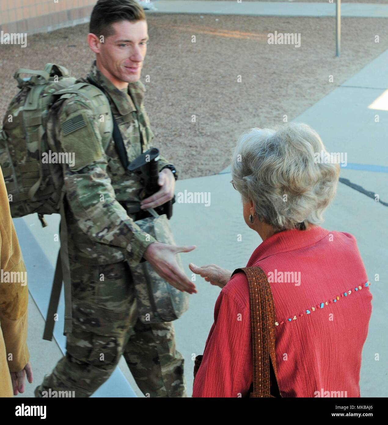 Soldier Care Packages Stockfotos & Soldier Care Packages Bilder - Alamy
