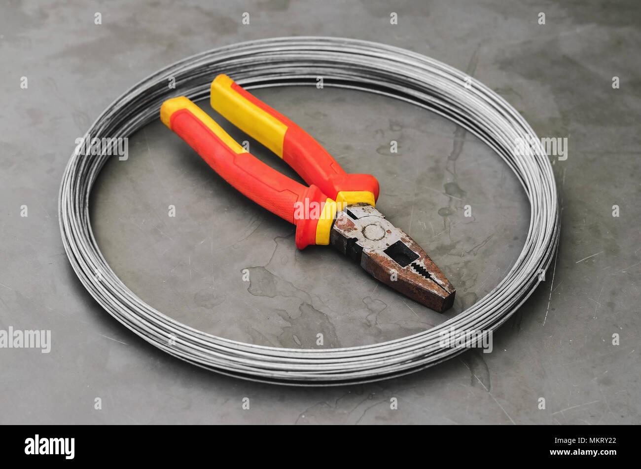 Steel Wire Roll Stockfotos & Steel Wire Roll Bilder - Seite 2 - Alamy
