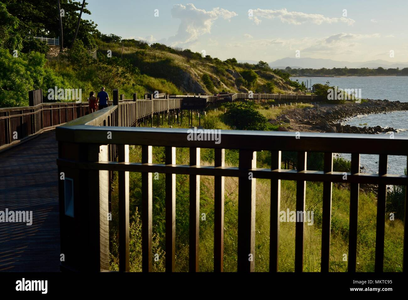 Die Coastal Promenade an jezzine Kasernen, Kissing Point fort, Townsville, Queensland, Australien Stockbild
