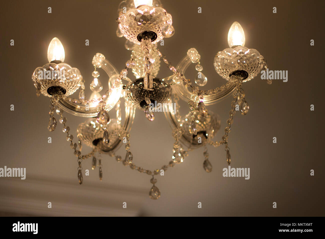 Kleine Lampenschirme Für Kronleuchter ~ Beleuchtung kronleuchter lampenschirm lightshade hängenden