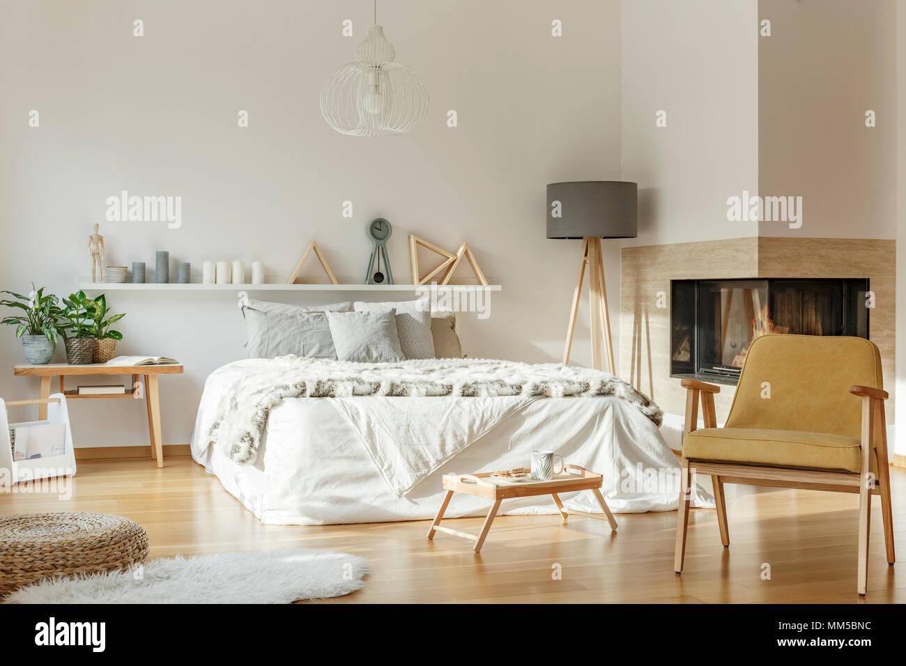 Gemutliches Schlafzimmer Stockfotos Und Bilder Kaufen Alamy