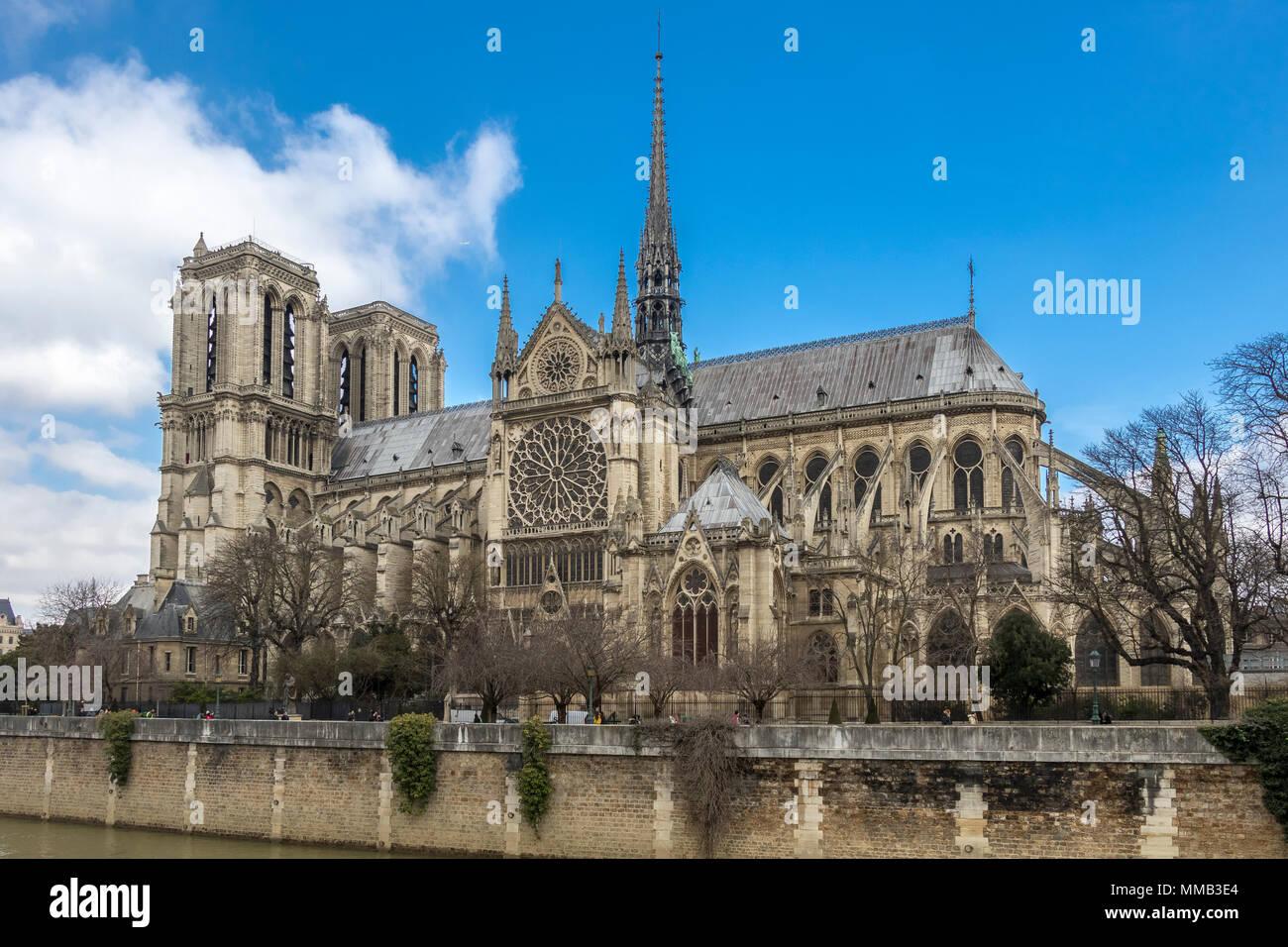 Die Kathedrale Notre Dame von Quai de Montebello, Paris, Frankreich Stockfoto