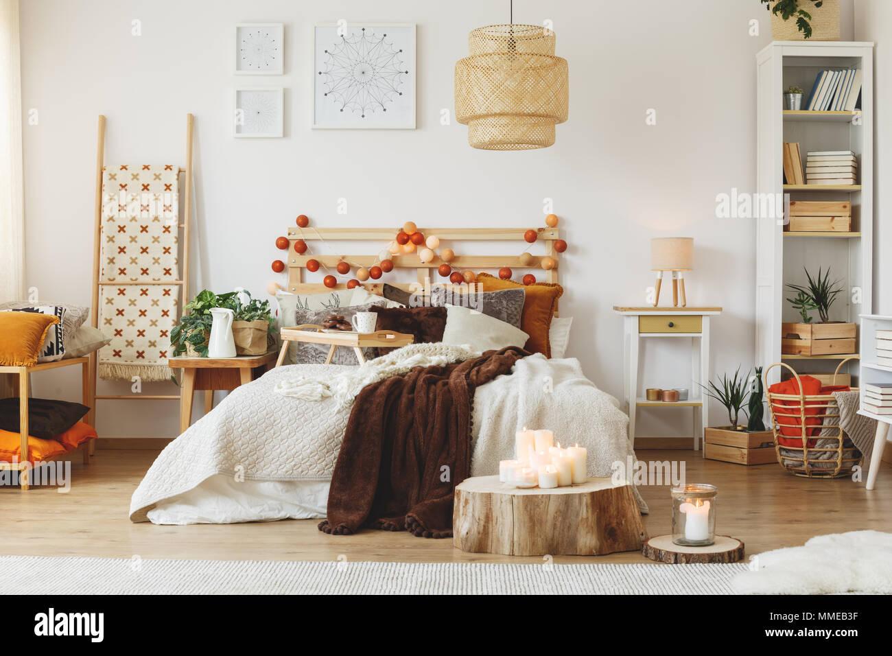 Gemütliche geräumige, voll eingerichtete Zimmer mit großen ...