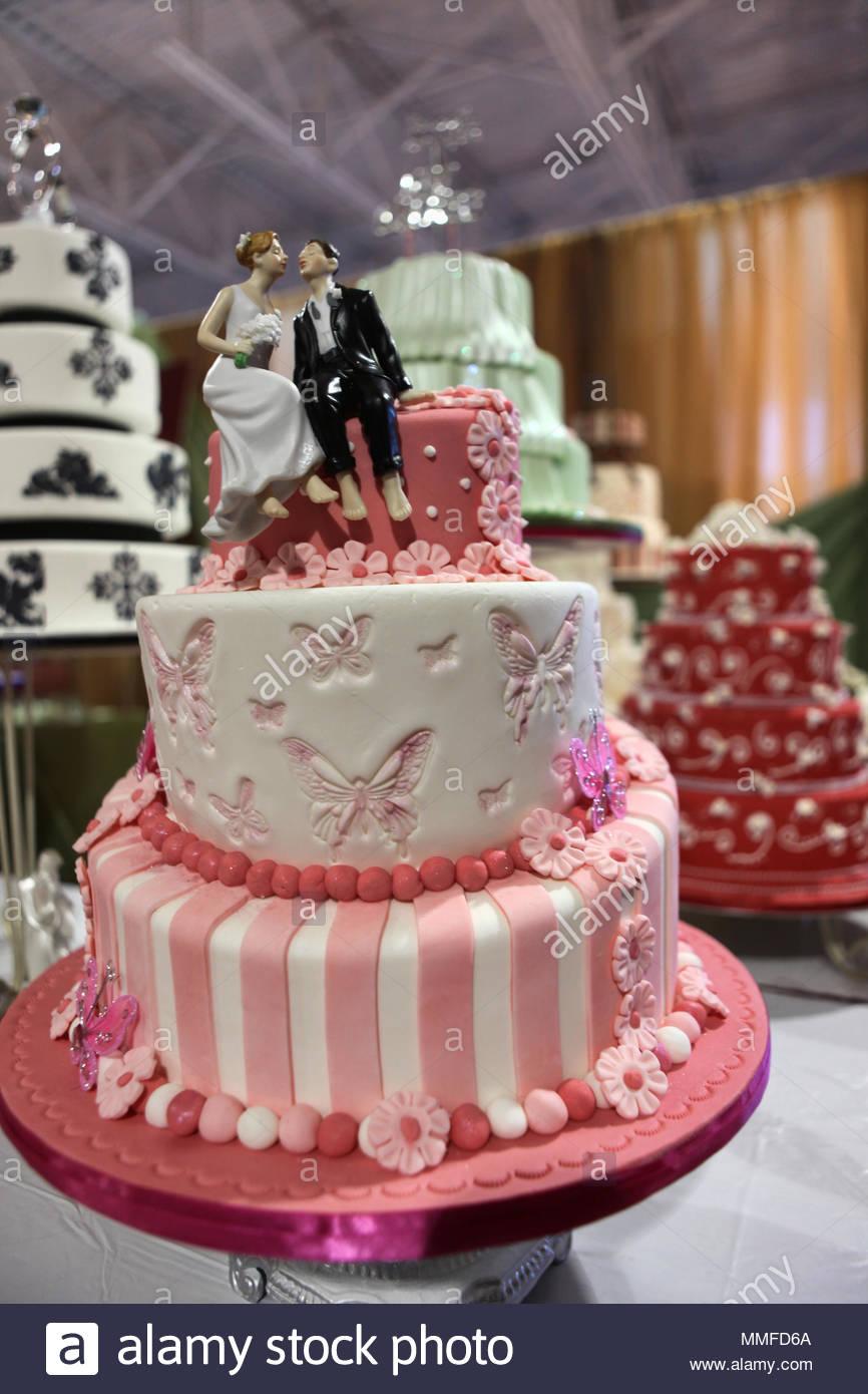 Fancy Hochzeit Kuchen Auf Dem Display Stockfoto Bild 184736450 Alamy