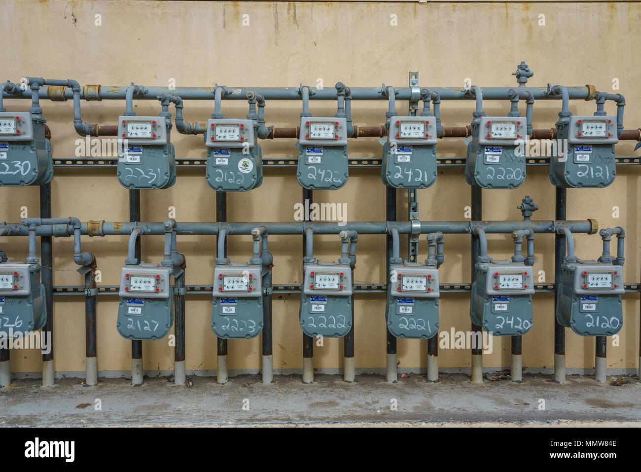 Ausgezeichnet Installation Von Elektrischen Boxen Fotos ...