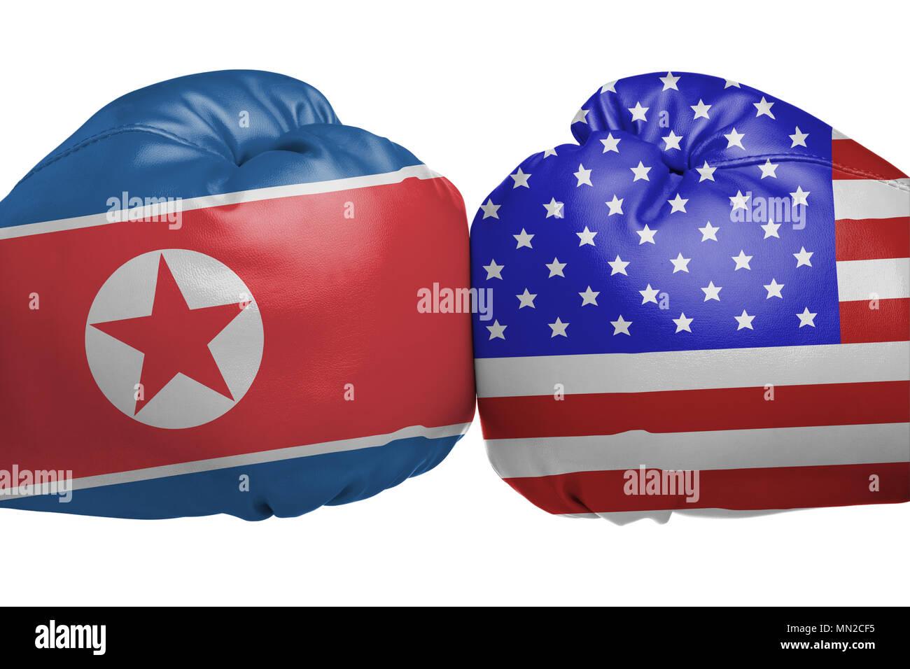Nahaufnahme der Boxhandschuhe mit Nordkorea und die Vereinigten Staaten Flagge Symbole auf weißem Hintergrund Stockbild