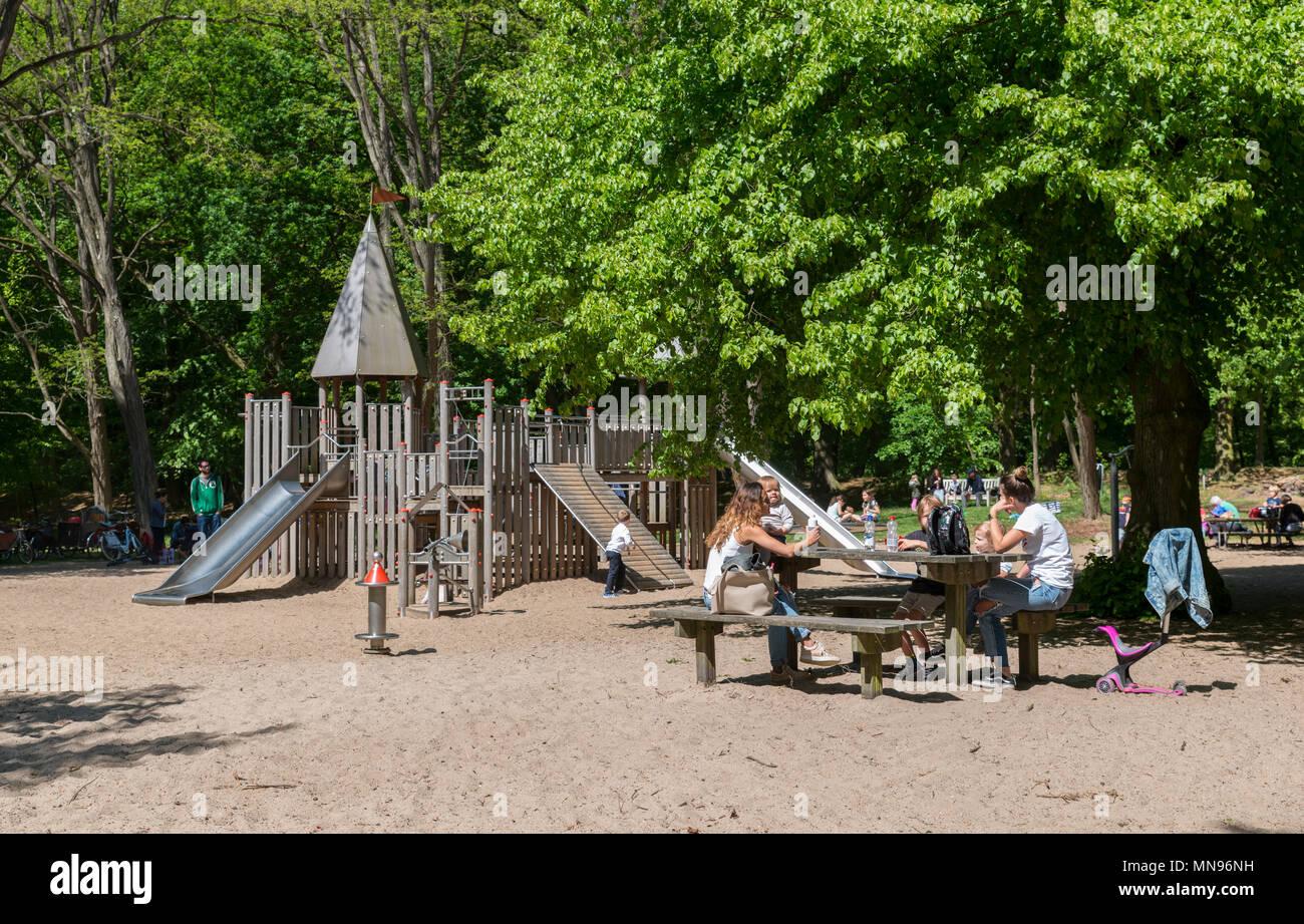 Verfwinkel Den Haag : Elternparkplatz stockfotos & elternparkplatz bilder alamy