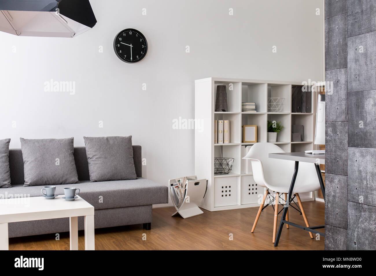 Modernes Minimalistisches Wohnzimmer Mit Ruhe Raum Racks