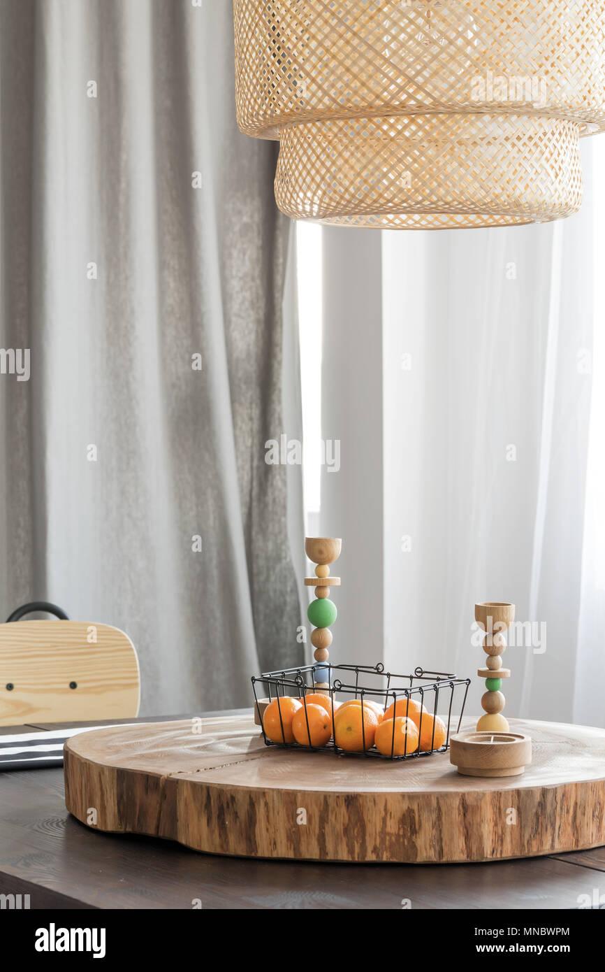 Holz Dekoration Auf Esstisch Tischplatte Stockfoto Bild 185273164