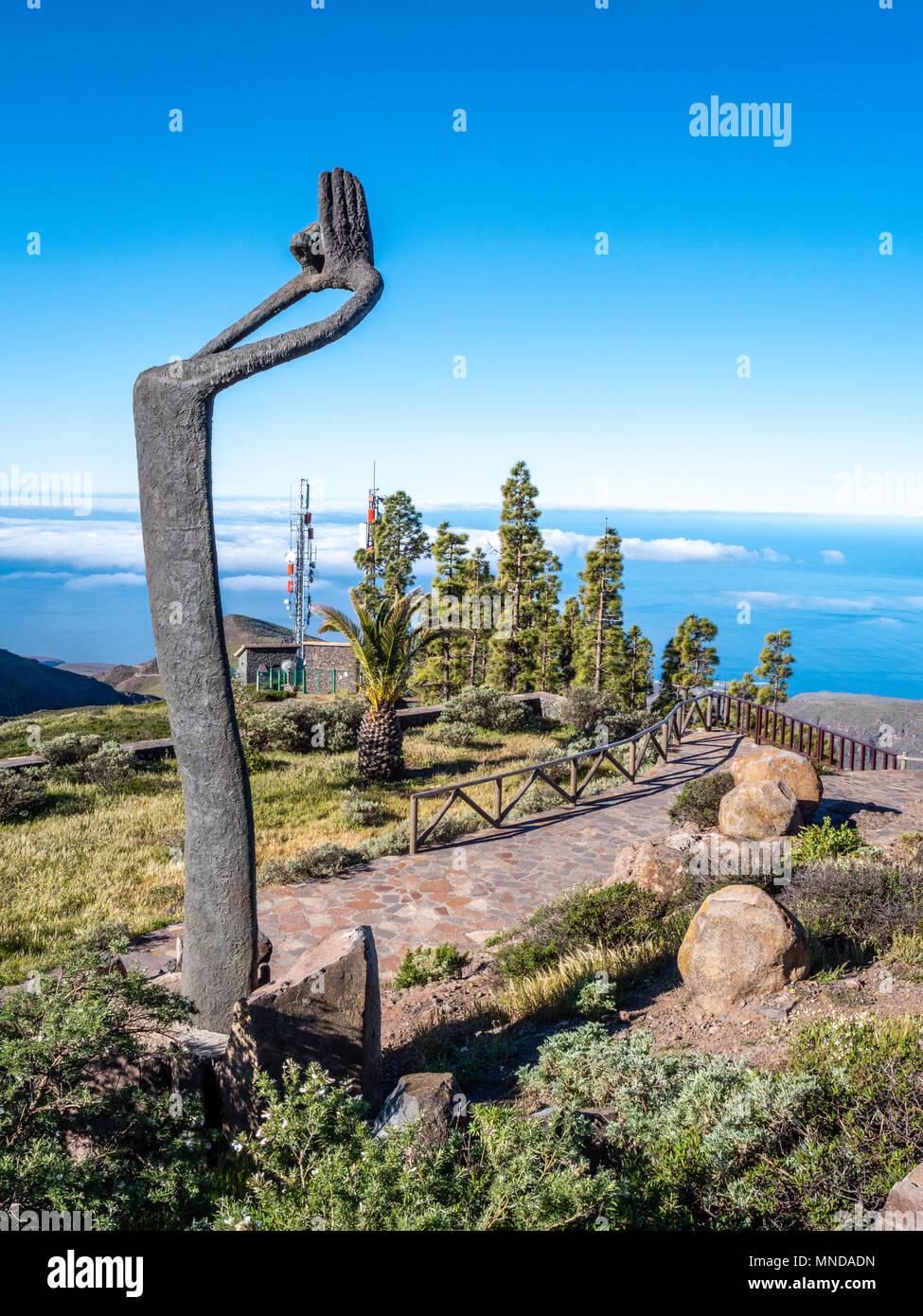 Mirador de Igualero mit Hommage an Silbo Skulptur zu Ehren der Pfeifsprache der Insel - der Nationalpark Garajonay auf La Gomera Kanarische Inseln Stockbild