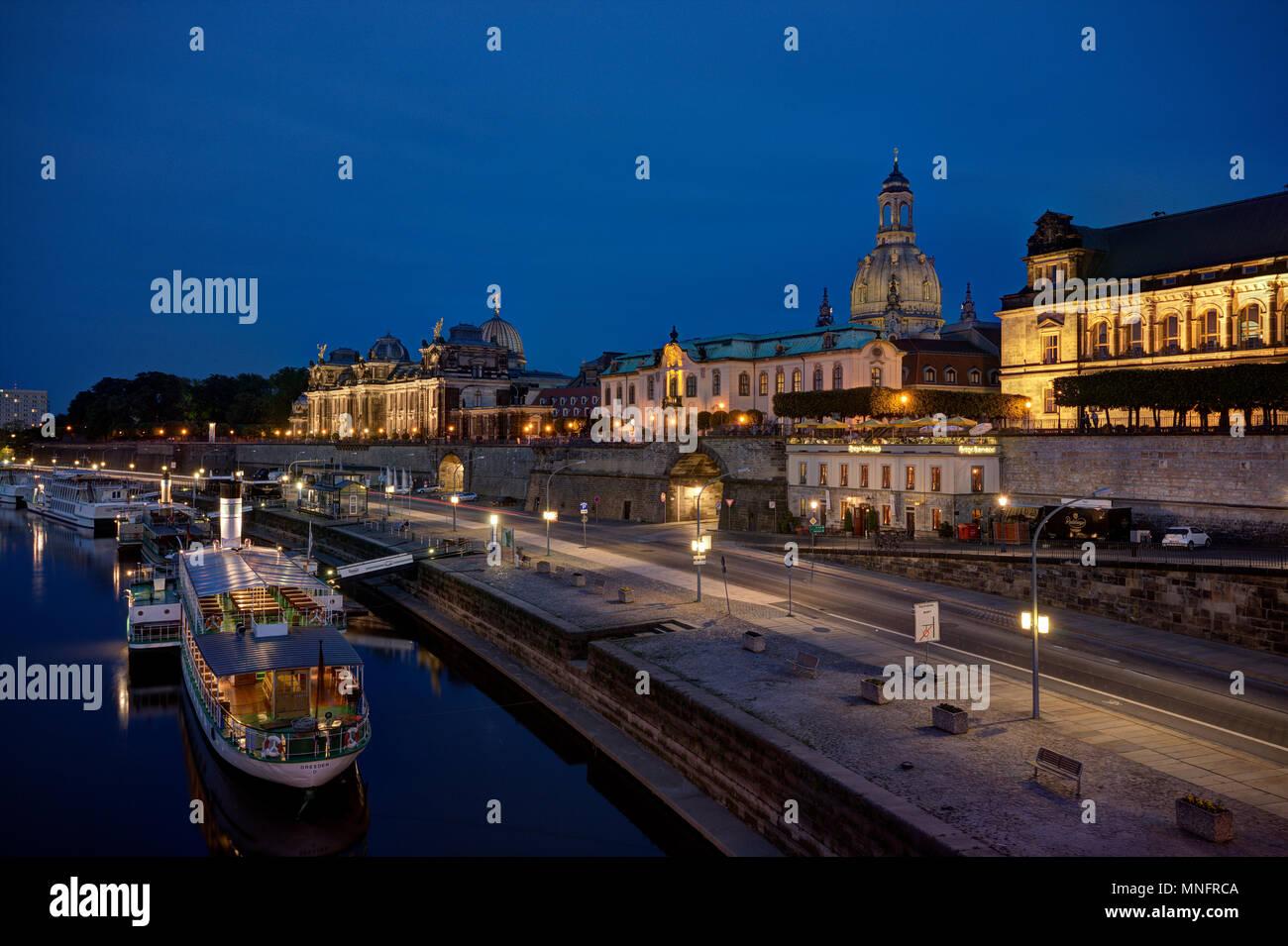 Dresden Terrassenufer - Brühlschen Terrasse. Stockbild
