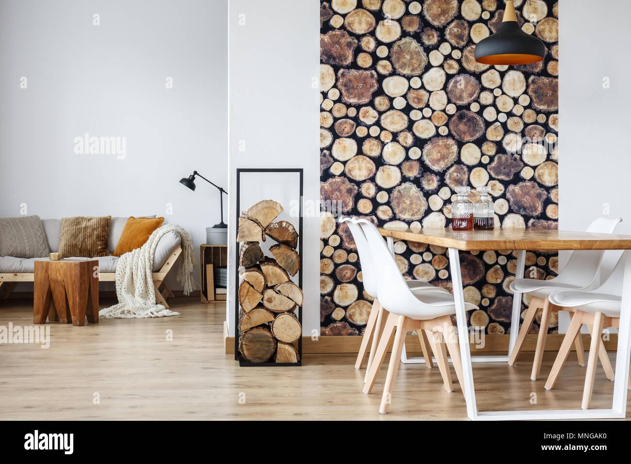 Offenes Esszimmer Innenraum Mit Brennholz Gemeinschaftstisch Und