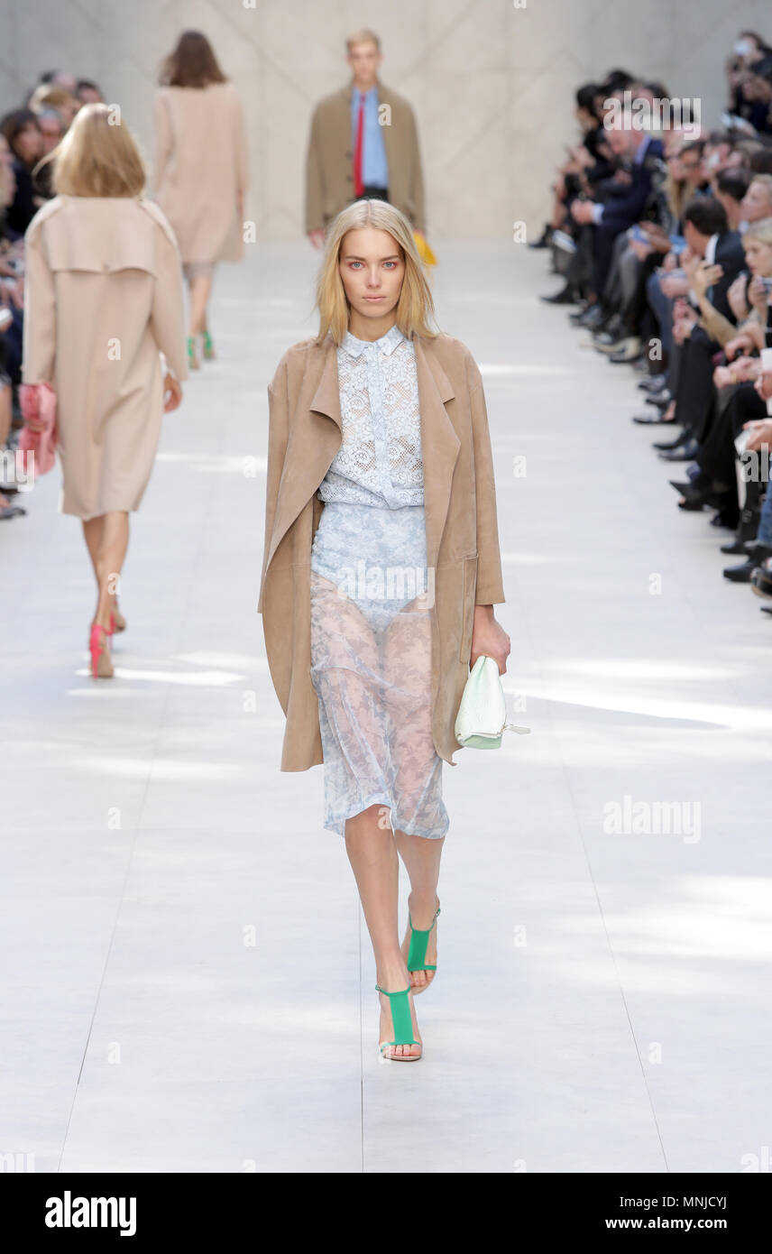 Model auf dem Laufsteg an der Burberry Prorsum fashion show bei der Londoner Fashion Week SS 2014. Somerset House, London, 16. September 2014 --- Bild von: © Paul Cunningham Stockbild