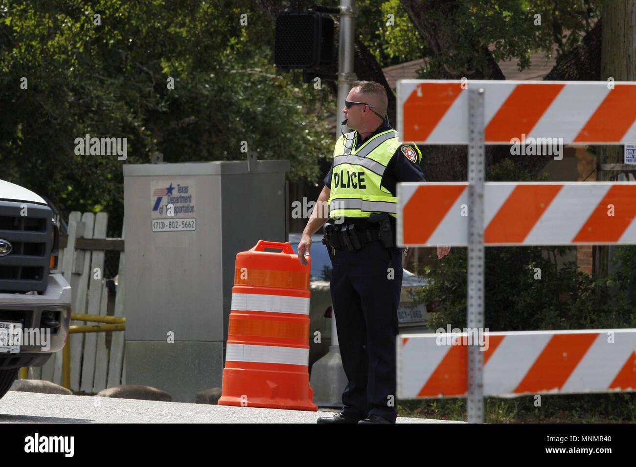 Houston Usa 18 Mai 2018 Ein Polizist Steht In Der Nähe Von Santa