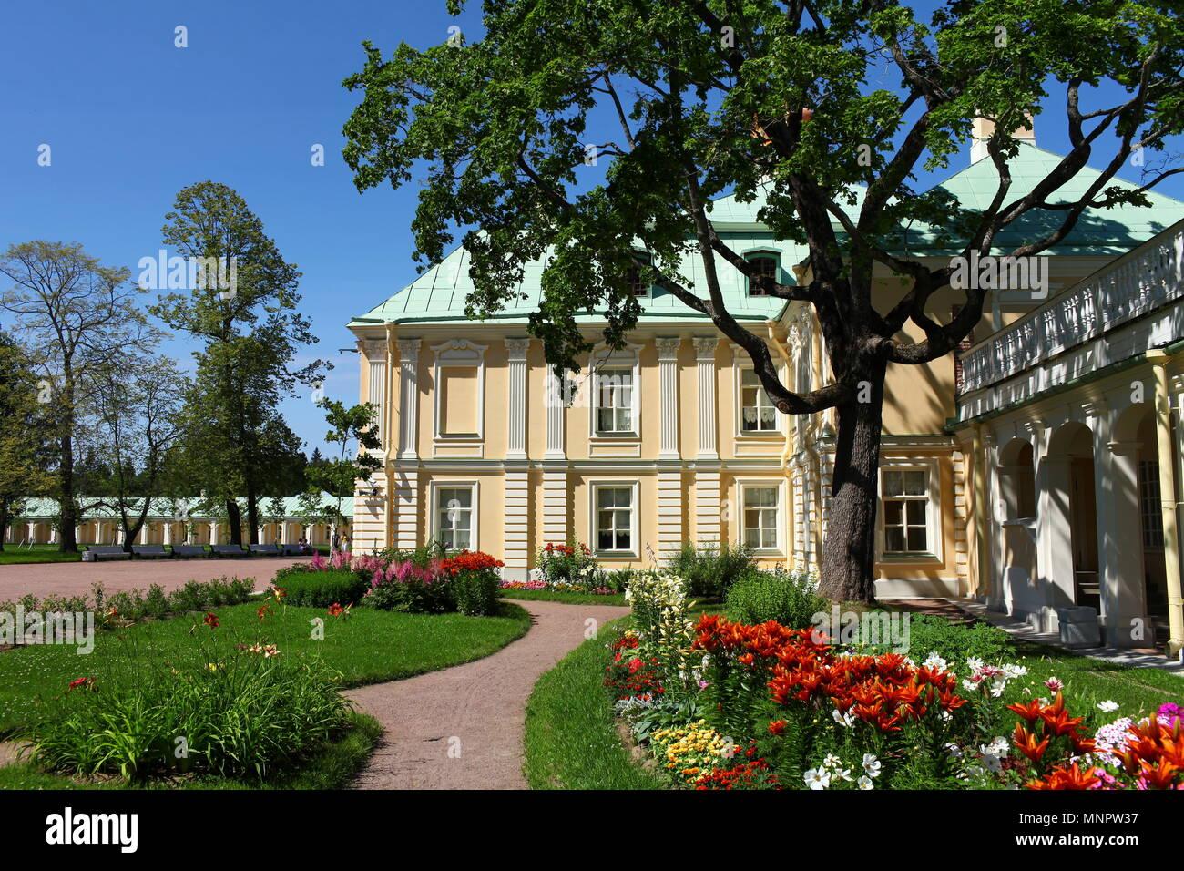House Russia Oranienbaum Stockfotos & House Russia Oranienbaum ...