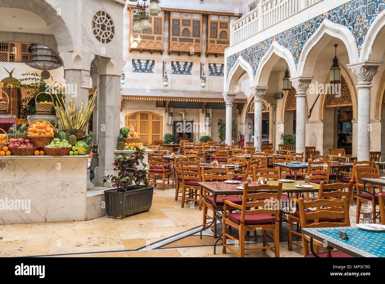 Der souk Restaurant in der Wafi Shopping Center, Dubai, Vereinigte Arabische Emirate, Naher Osten. Stockfoto