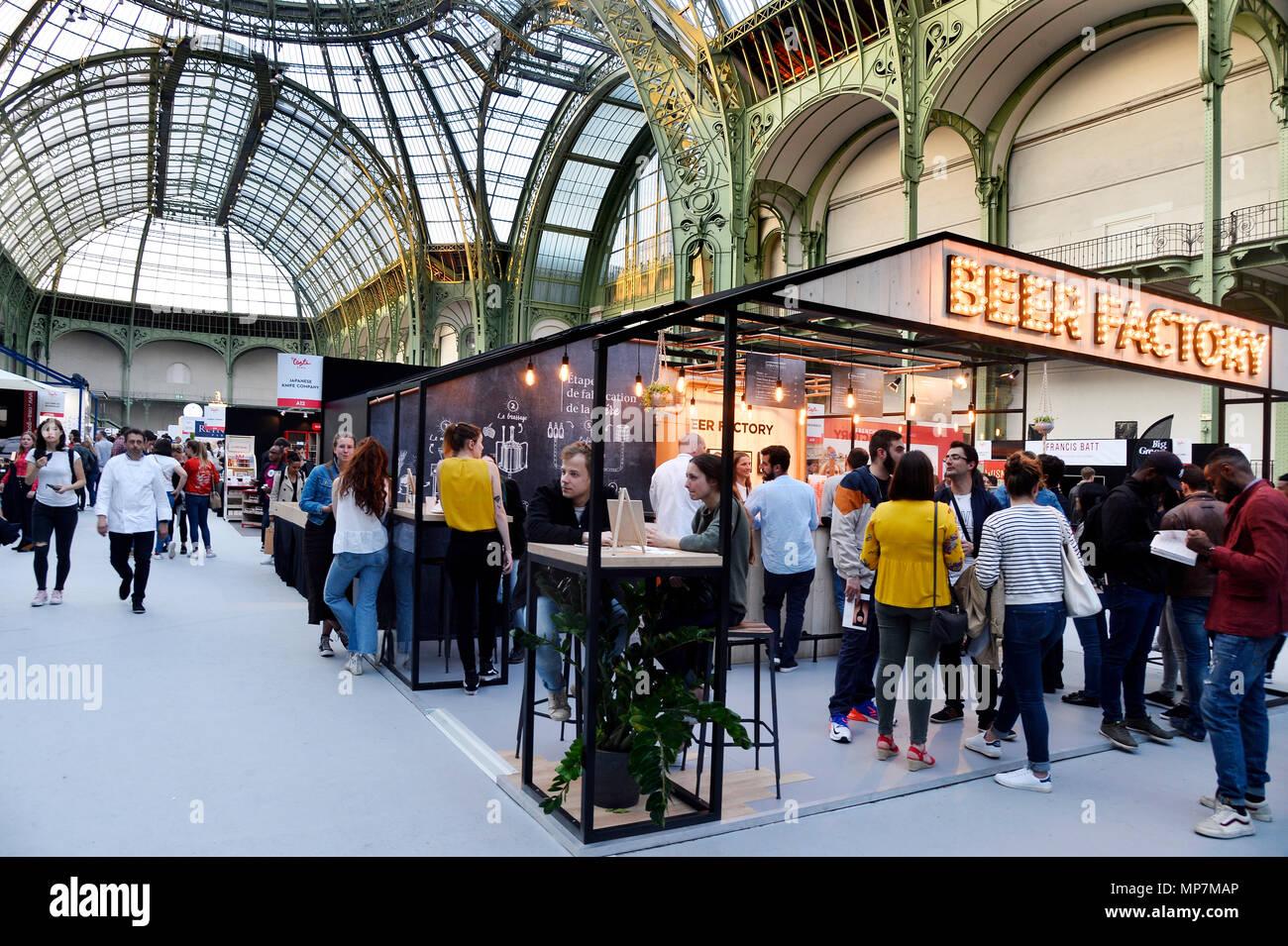Bier Factory - Geschmack von Paris - Le Grand-Palais - Paris - Frankreich Stockbild