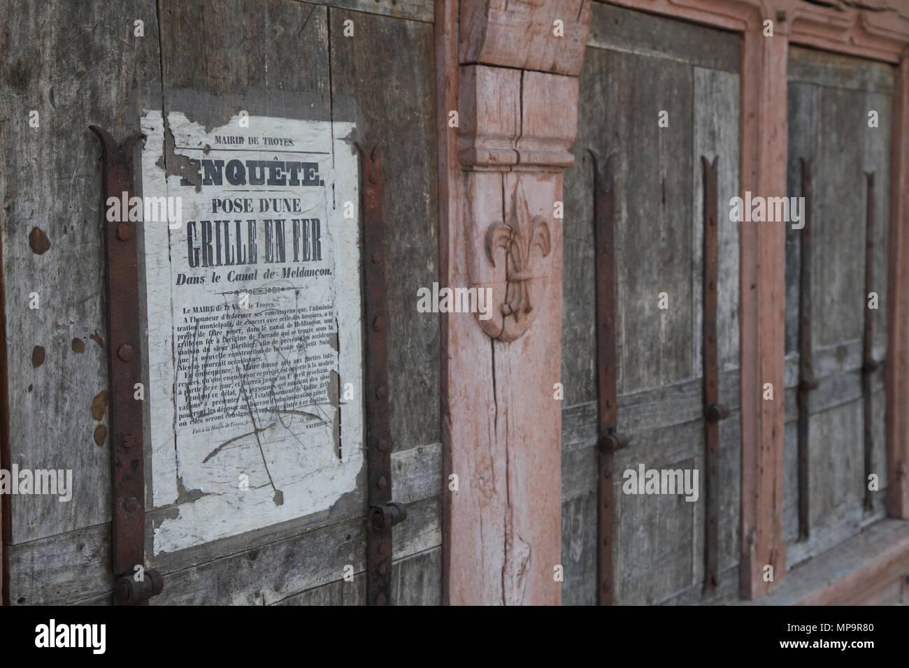Antique shop troyes aube frankreich stockfoto bild
