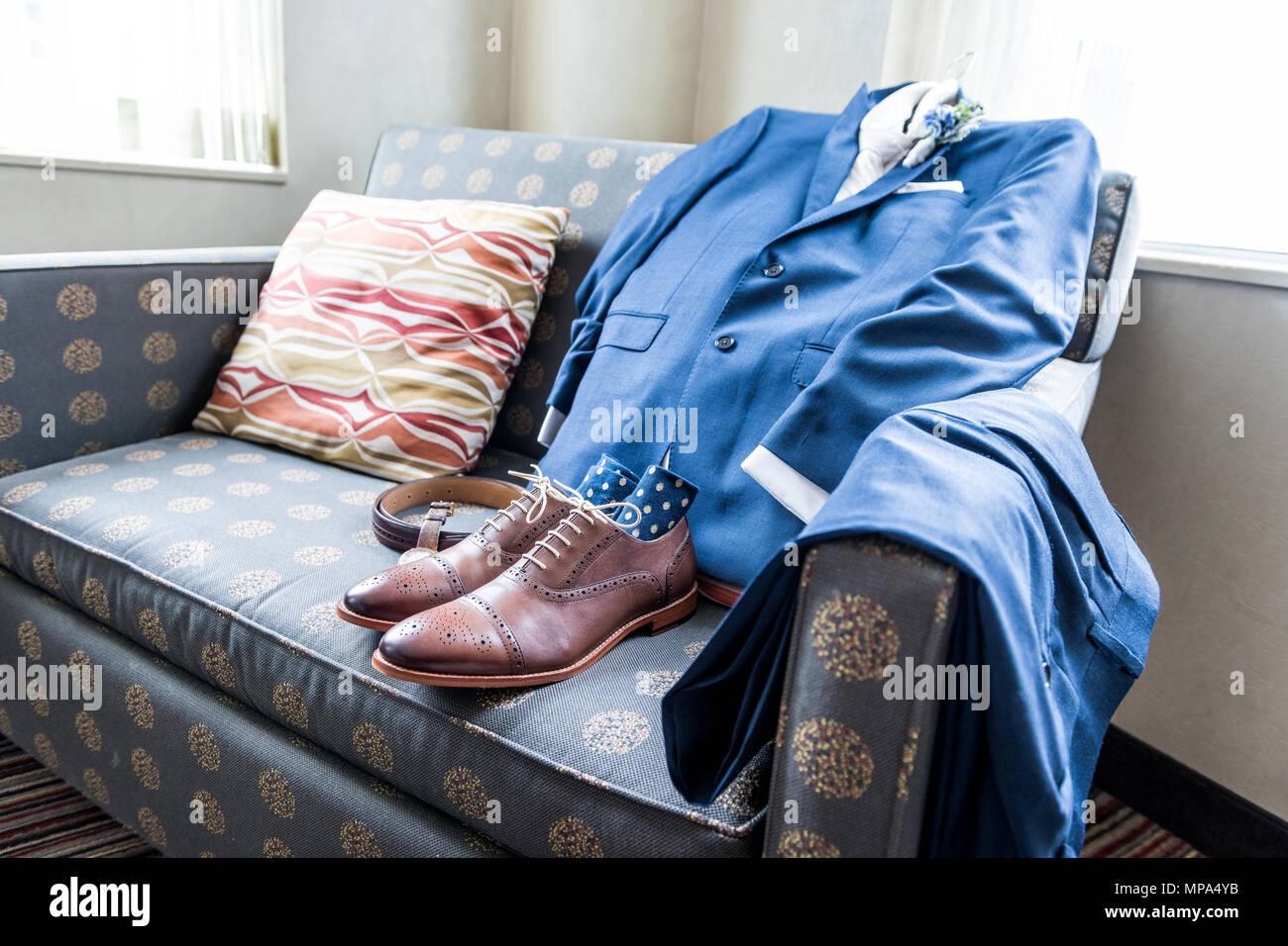 Closeup Stillleben Arrangieren Blaue Couch Mit Leder Fur Manner
