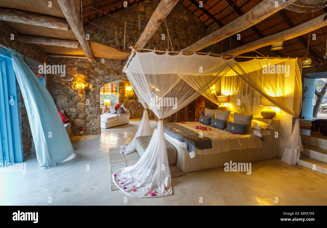 Luxuriöse Unterkunft, Interieur der Zimmer im Kaya Mawa, Likoma ...