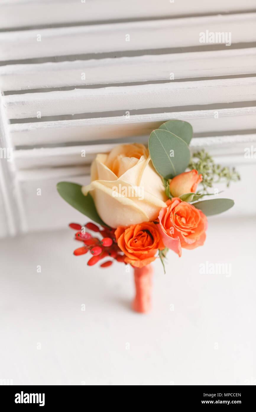 Hochzeit Anstecker Von Orange Rosen An Den Mann Zu Pflegen Weissen