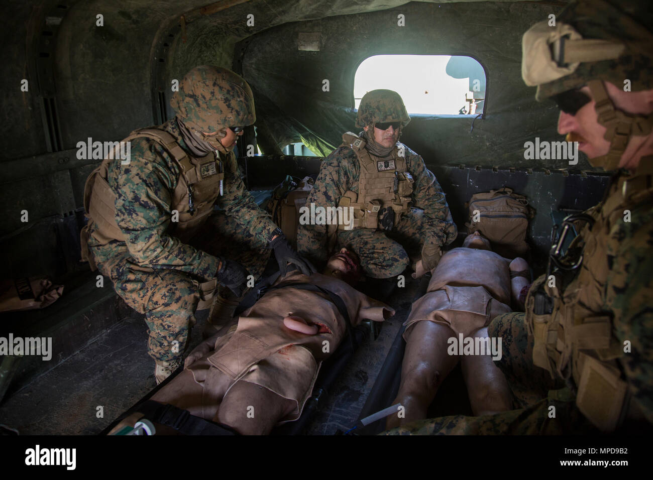Fein Marine Corps Nummernschildrahmen Bilder - Benutzerdefinierte ...