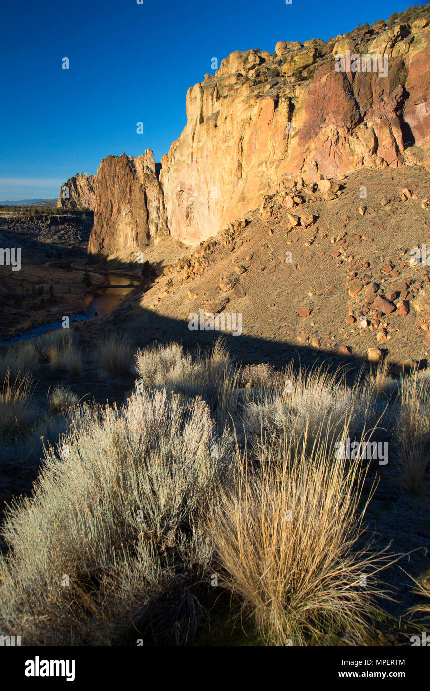 Crooked River Canyon von Homestead Trail Viewpoint, Smith Rock State Park, Illinois Stockbild