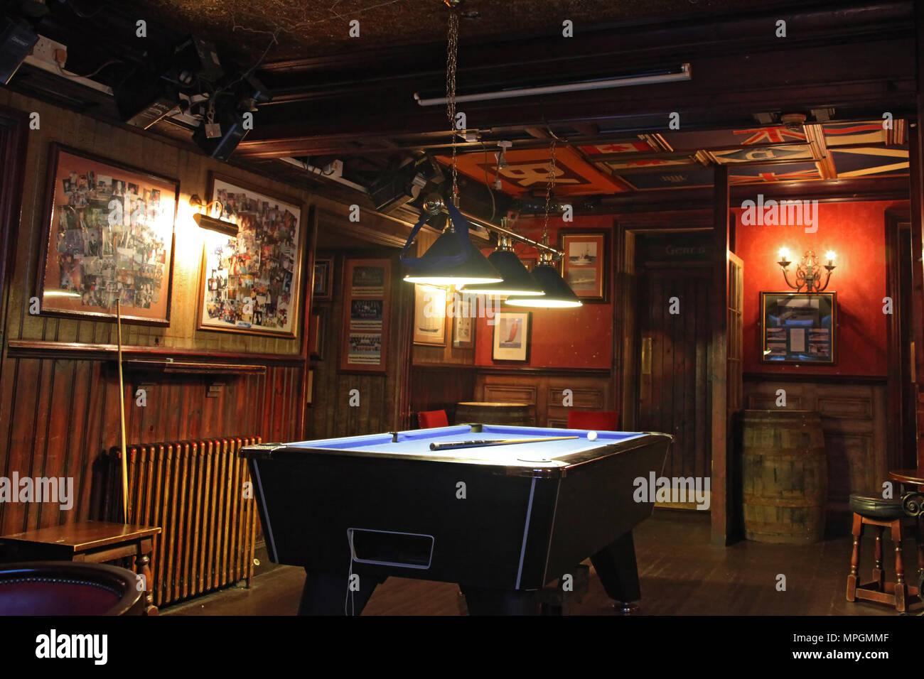 billardzimmer in schottischer pub stockbild