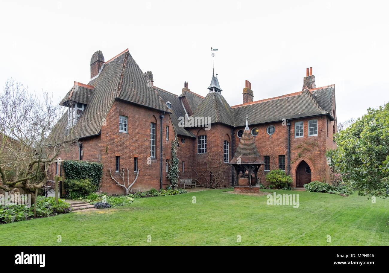 Bexleyheath bei London, Rote Haus, Wohnhaus von William Morris. Erbaut 1859 von Philipp Webb, Inneneinrichtung von William Morris im Stil der Künste und Stockbild