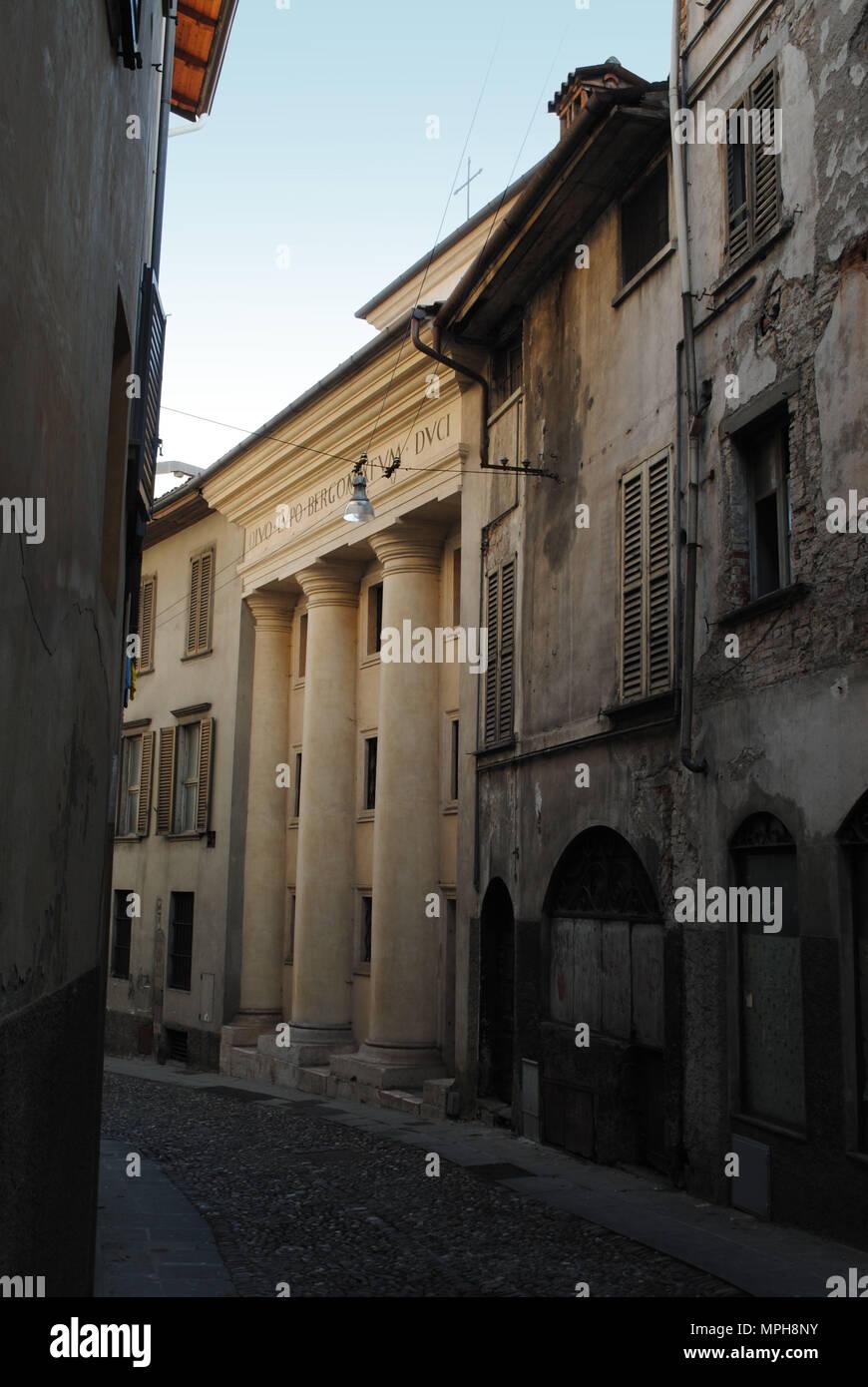 Street View in Bergamo die mittelalterliche Altstadt. Stockbild