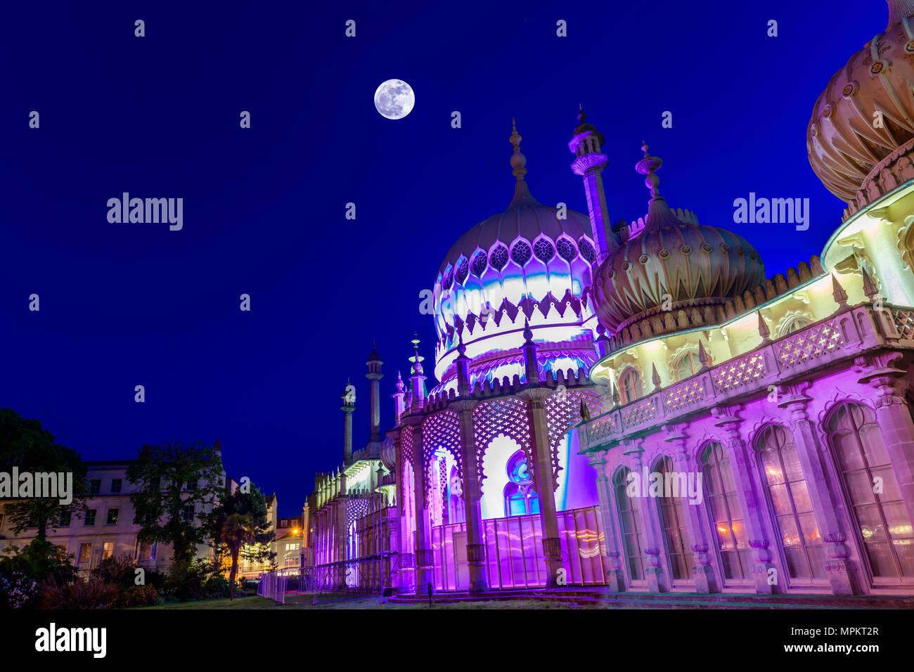Royal Pavilion in Brighton in der Dämmerung. Stockbild