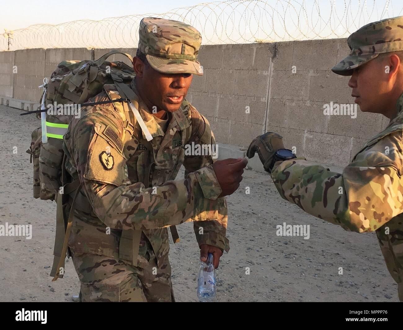 Soldaten Der 29 Infanterie Division Durchgefuhrt Einen Ruck Der 12
