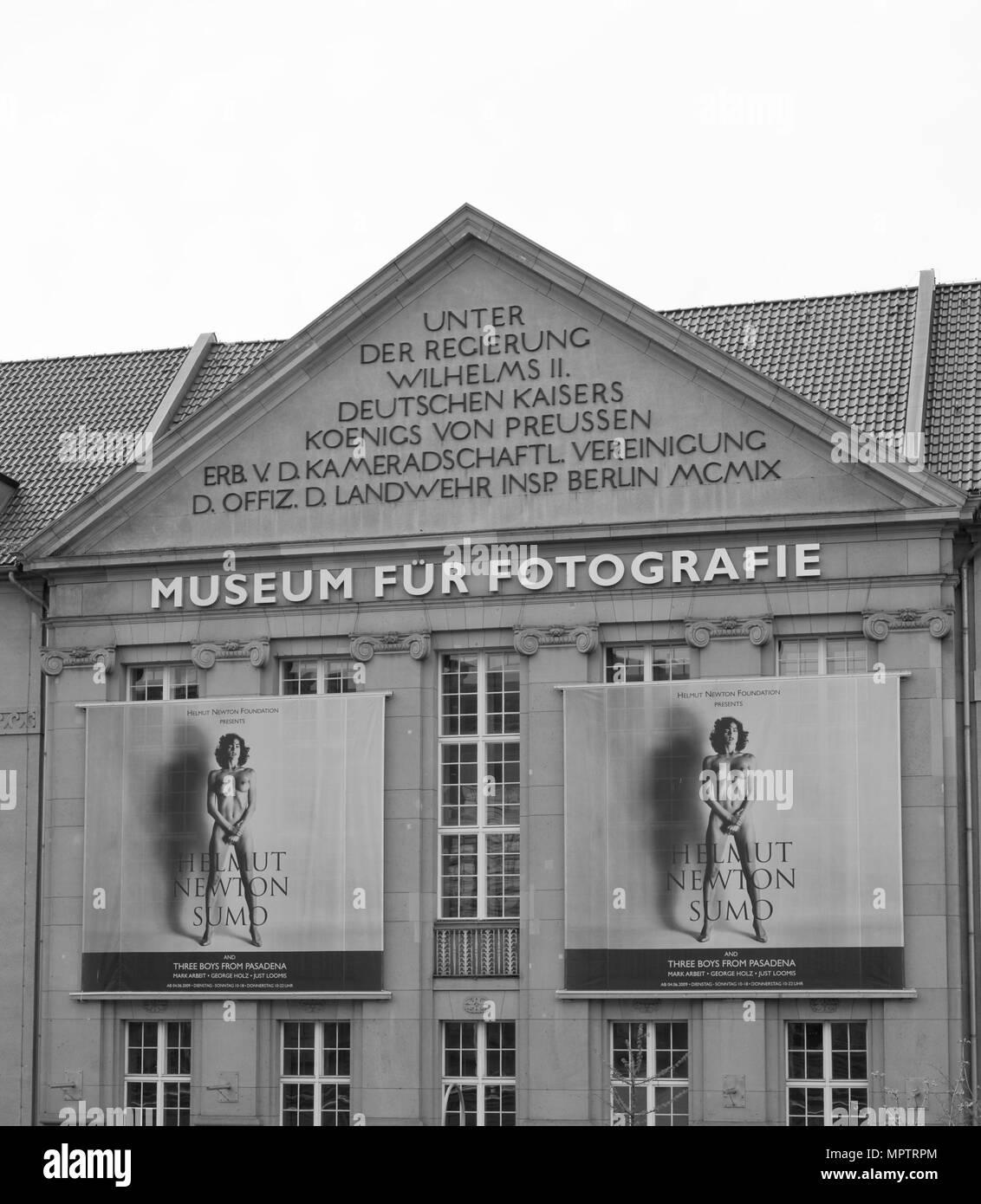 Berlin DEUTSCHLAND Museum für Fotografie, [Fotografie] Home der Helmut Newton Stiftung/Archiv und Foto Ausstellung, Berlin, Zoologischer Garten, © Peter SPURRIER, Stockbild