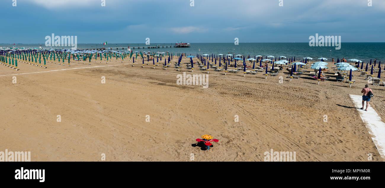 Lignano Strand Stockfoto Bild 186234519 Alamy