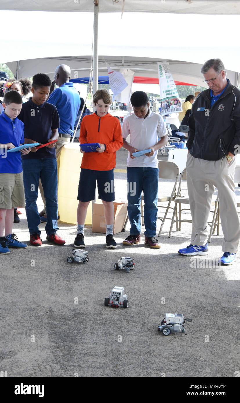 Studenten Betrieben Die Lego Evolution Drei Roboter Mit Der