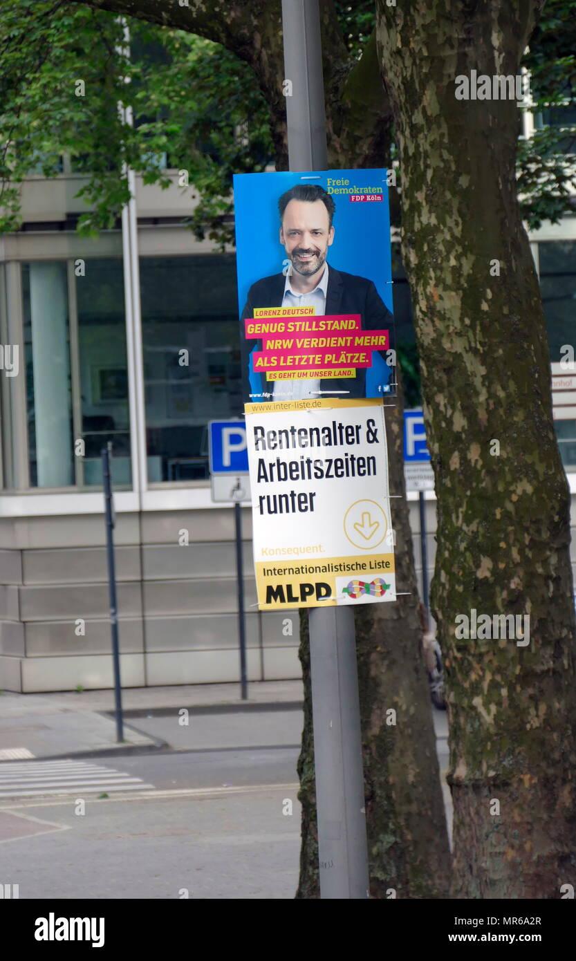 Plakat für die Freie Demokratische Partei Kandidat, Lorenz Deutsch, während der nordrhein-westfälischen Landtagswahl, Köln. Mai 2017 Stockbild